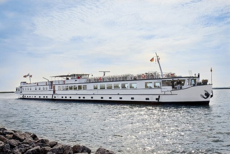 Holland Ship
