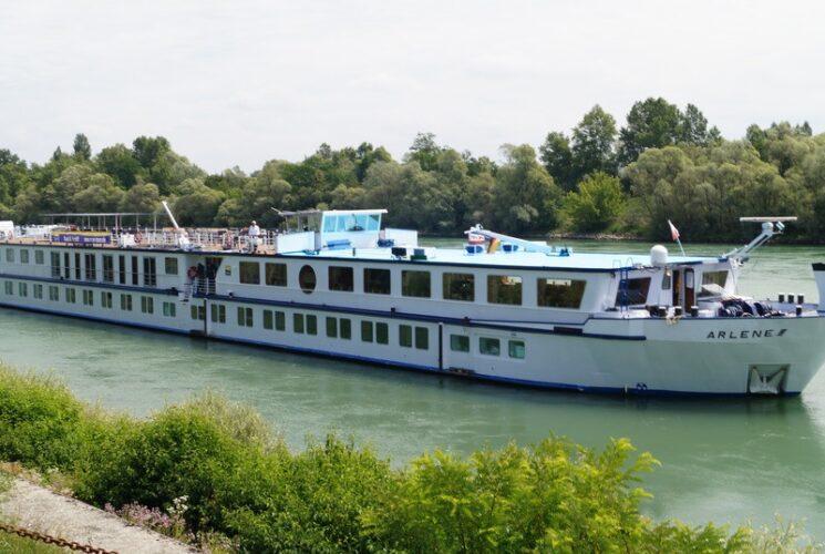 Arlene Boat