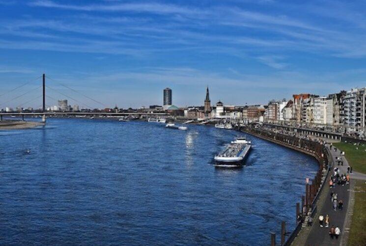 Amsterdam Cologne Düsseldorf View From River