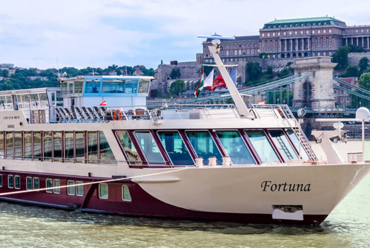 Fortuna cruise ship