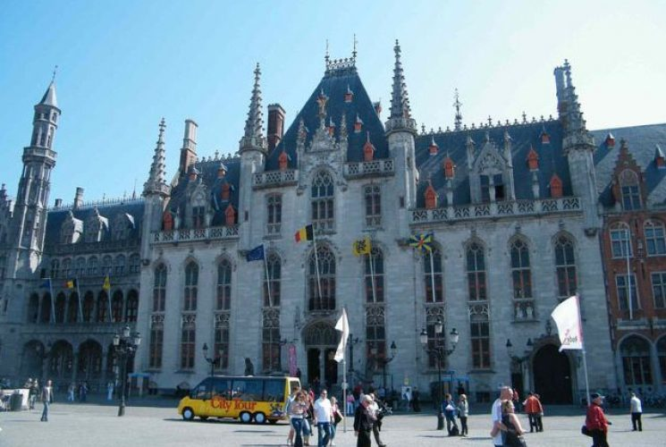 Holland Meets  Belgium Brugge