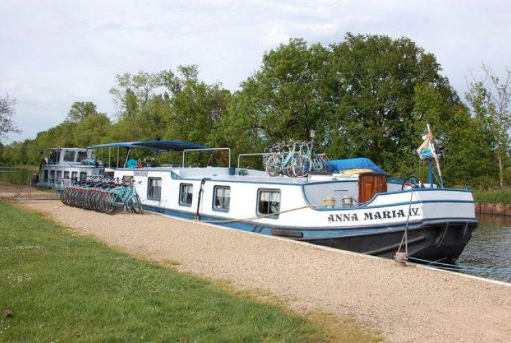 Loire Schip Aan Kade